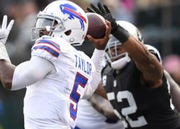 Buffalo Bills fall at home to the Oakland Raiders