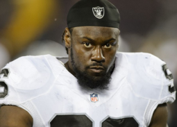 Raiders see value in veteran Denico Autry